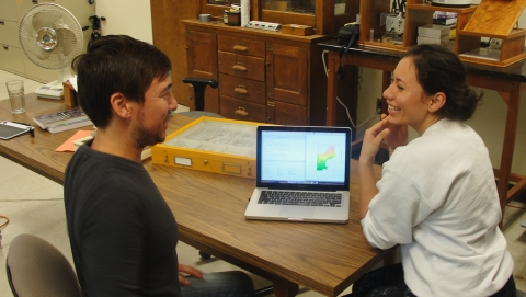 Summer Student and mentor discuss project