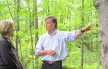 David Foster leading a tour of Harvard Forest