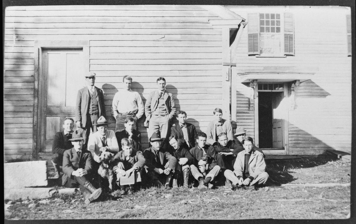 Graduating Class of 1909
